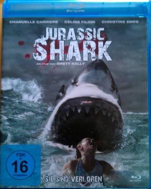 """Das BluRay-Cover von """"Jurassic Shark"""""""